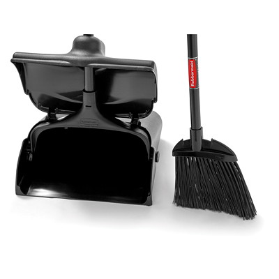 Rubbermaid Commercial Executive Lobby Pro Dustpan With Long Handle, Black DURABLE WHEELS IMPROVE WEAR RESISTANCE-ADJUSTABLE HANDLE