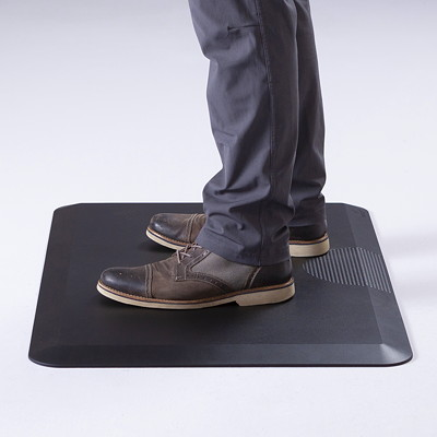 """Safco Movable Anti-Fatigue Sit-Stand Mat, Black, 24"""" x 36"""" BLACK"""