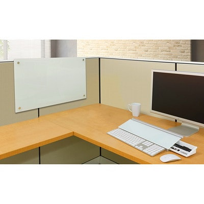 """Quartet® Magnetic Glass Cubicle Board, 30"""" x 18"""" PERSONAL DRY-ERASE 18"""" X 30""""  WHITE"""
