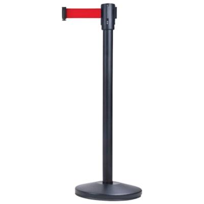 Barrière sur pied pour le contrôle des foules Zenith Safety Products, cadre noir avec ruban rouge, 7 pi