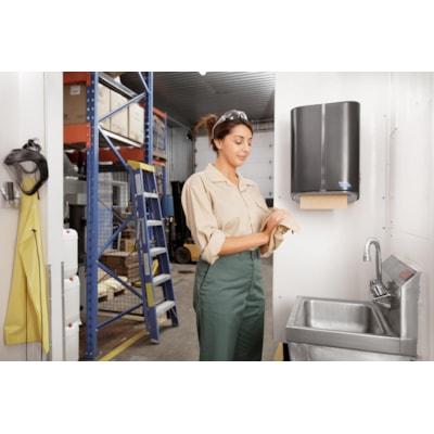 Distributrice mécanique de papier essuie-mains sans contact Cascades PRO Tandem®, gris foncé MECHANICAL NO TOUCH DISP GRIS FONCé