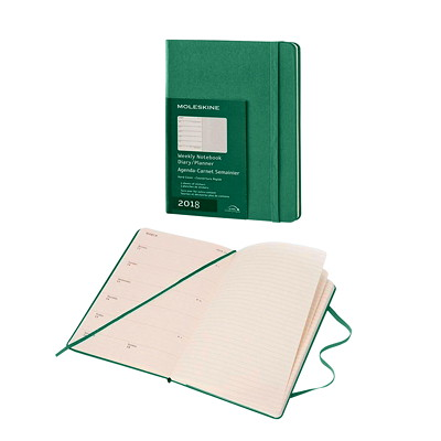 "MOLESKINE WEEKLY PLANNER  GREE SIZE 8 1/4"" X 5"""