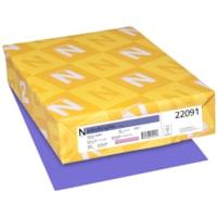 Papier couverture Astrobrights Neenah, couleur violet Venus Violet, format lettre, certifié FSC et Green Seal, 65 lb, rame