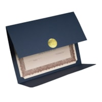 Porte-certificat à rabat double et médaillon Elite St. James
