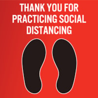 Autocollant de sol de distanciation sociale pour tapis Sterling, anglais, Thank You For Practicing Social Distance, noir et blanc sur fond rouge, 12 po x 12 po
