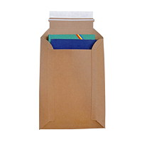 Enveloppes cartonnées extensibles kraft à bande autocollante Conformer